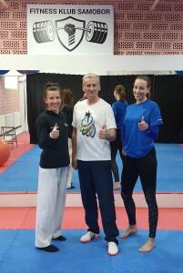 Ana i Sadea s trenerom